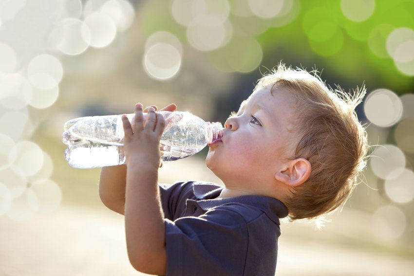 Tips for theme park holiday - preventing dehydration